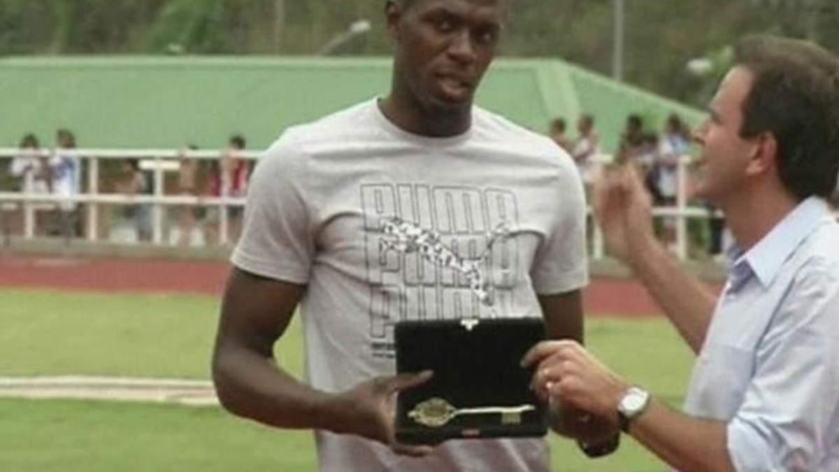 Усэйн Болт посетил поле следующей Олимпиады в Рио-де-Жанейро