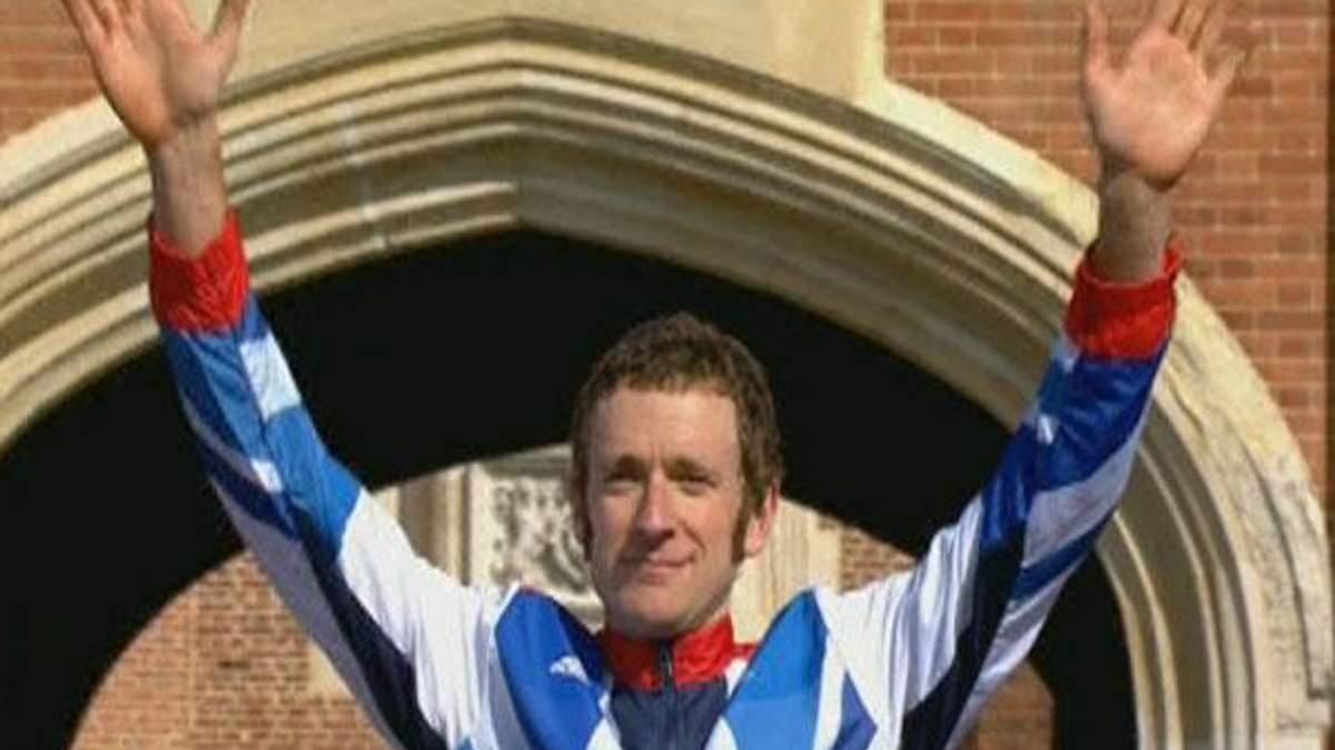 Брэдли Виггинс - лучший велогонщик 2012 года