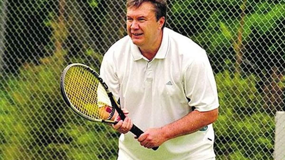Янукович не пропускає ранкової зарядки, ходить на плавання і грає у теніс