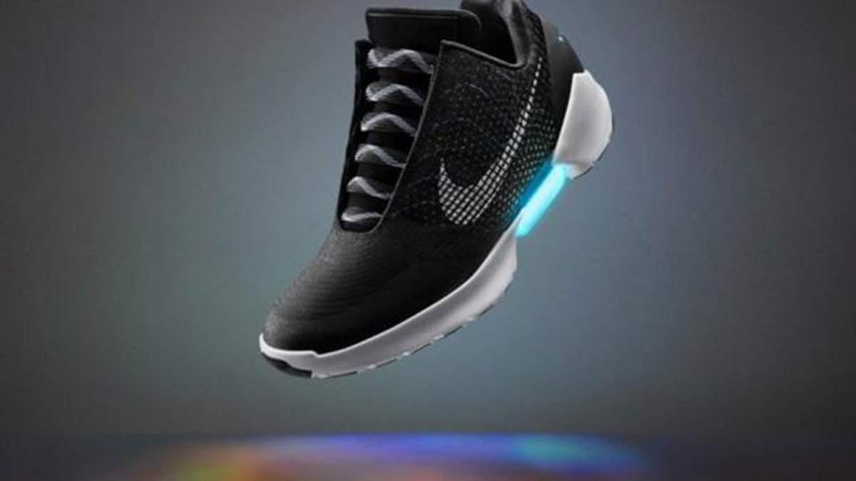 Кроссовки будущего от Nike поступят в продажу. В Лондоне появится голубиный патруль