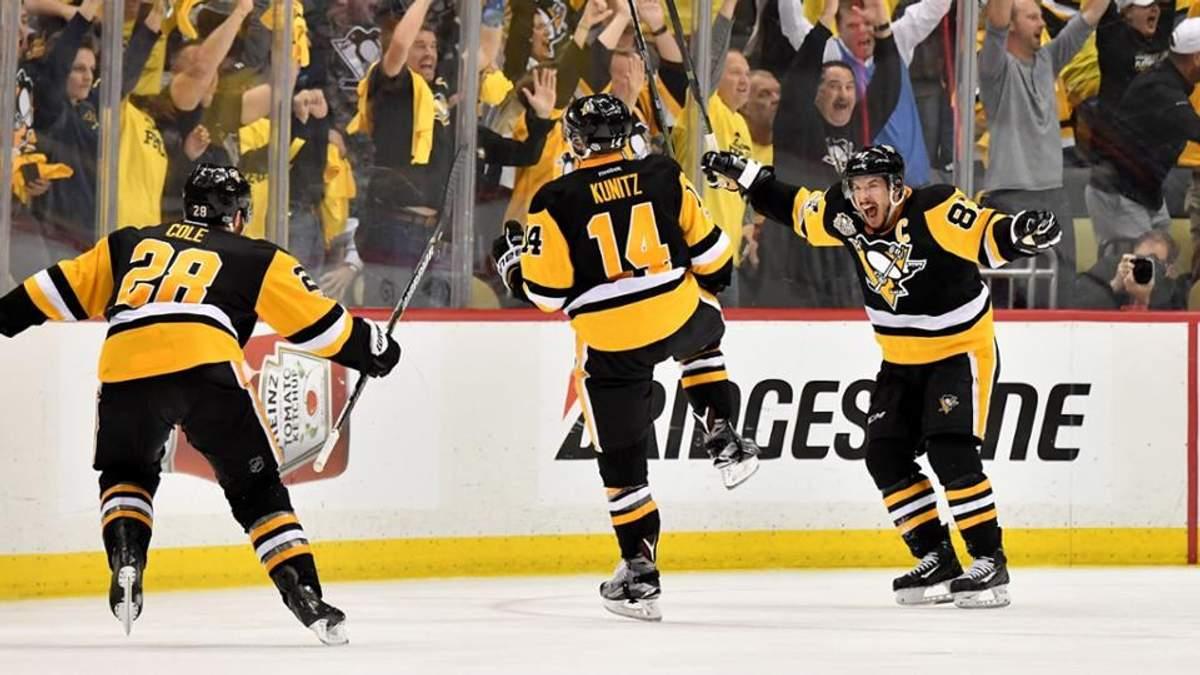 """""""Піттсбург Пінгвінс"""" вдруге поспіль завоювали титул найкращої хокейної команда планети"""