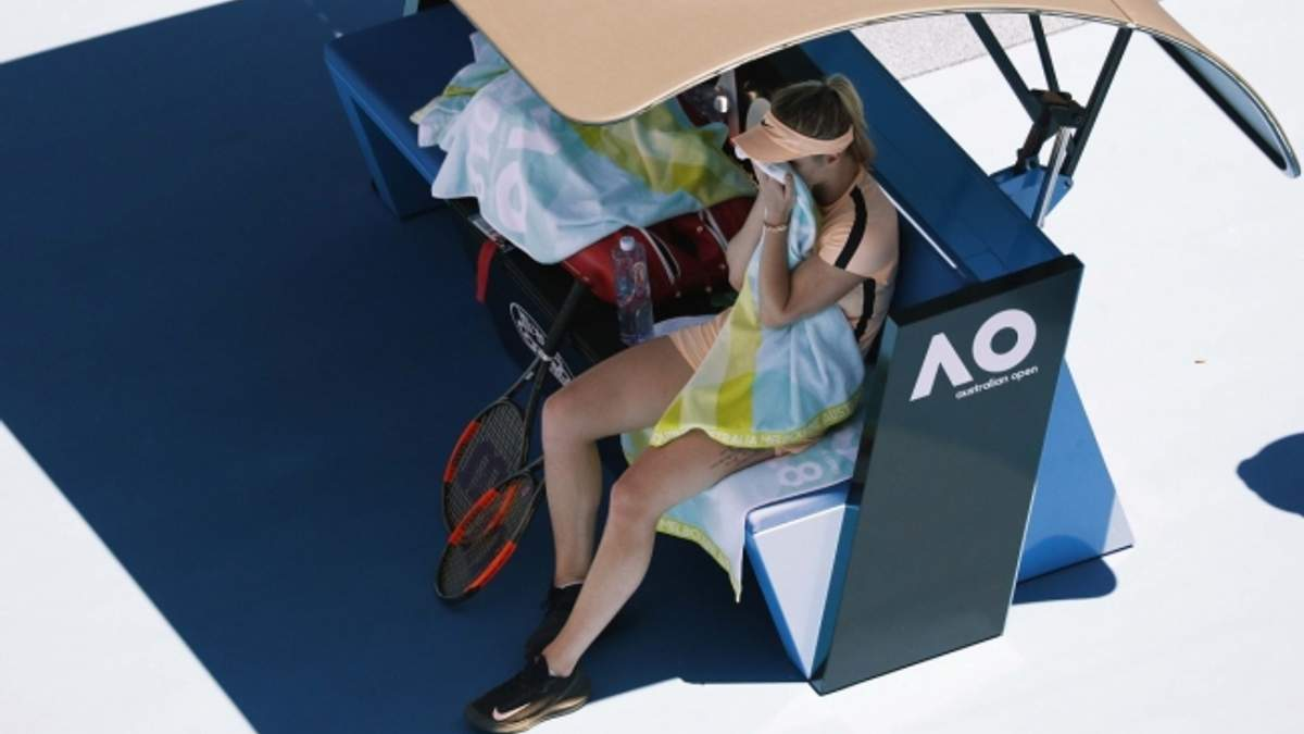 Теніс: Світоліна зазнала нищівної поразки у чвертьфіналі Australian Open-2018