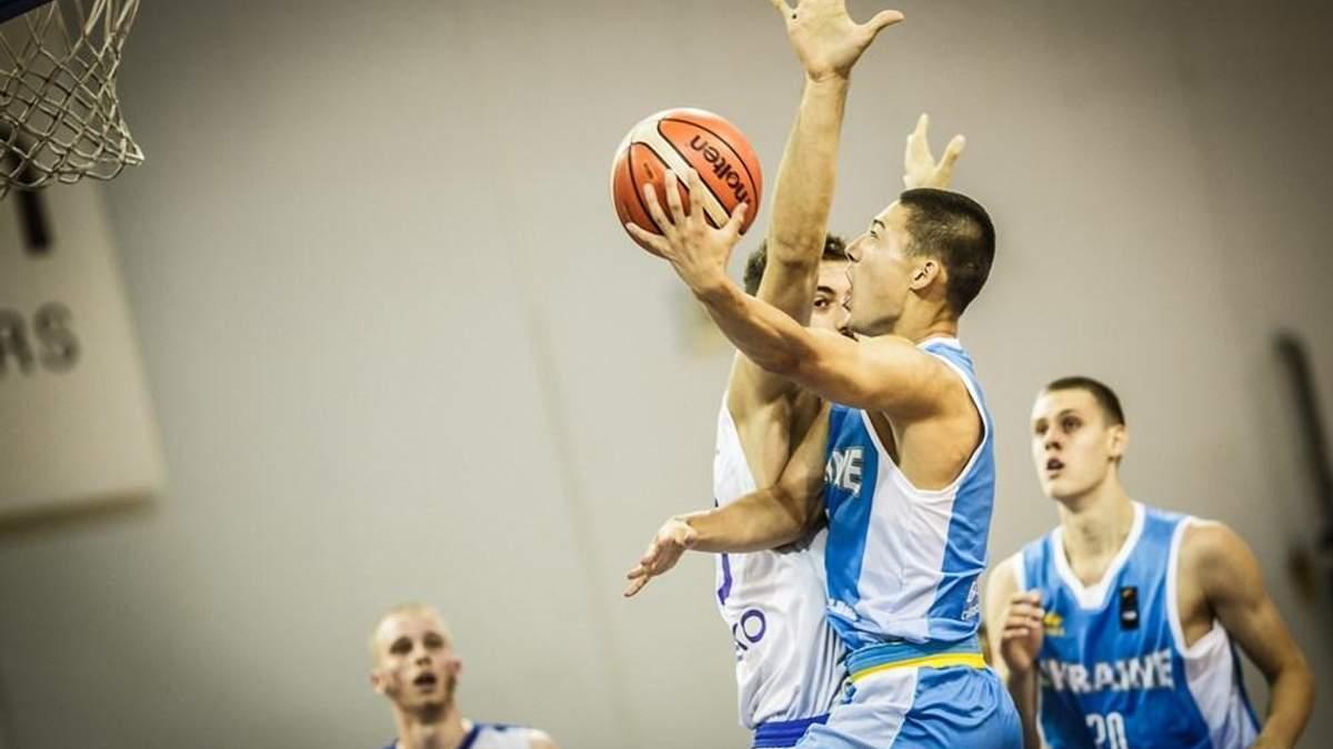 Сборная Украины уступила сборной Греции
