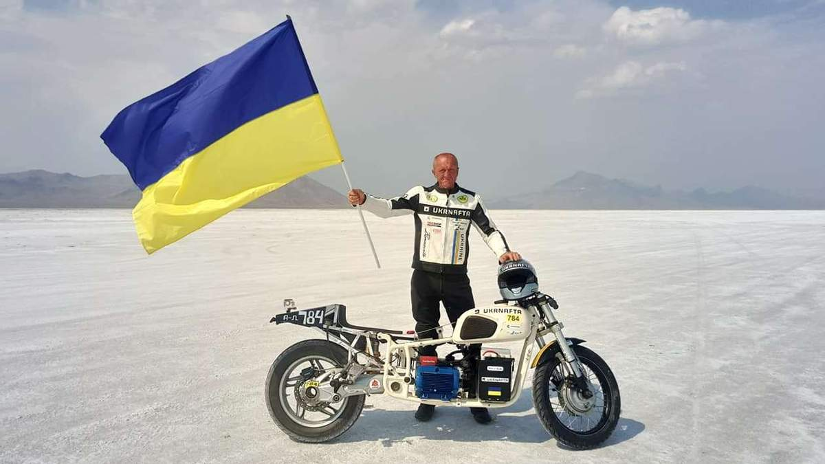 Лучшие мотогонщики мира были шокированы: украинец Малик дважды установил необычный рекорд