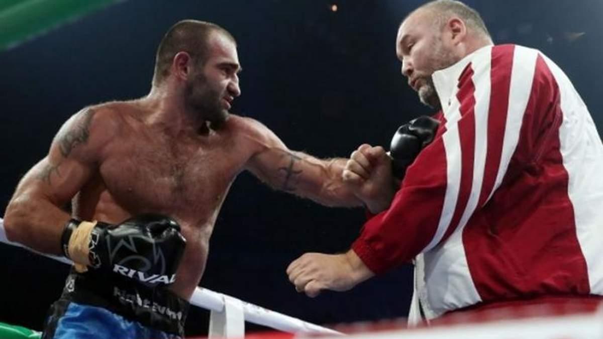 Грузинський боксер побив свого тренера після поразки в бою: відео