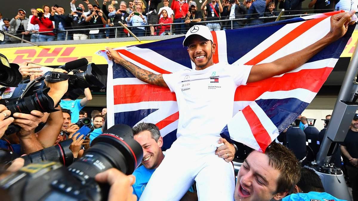 Хэмилтон признан лучшим гонщиком Формулы-1 в 2018 году