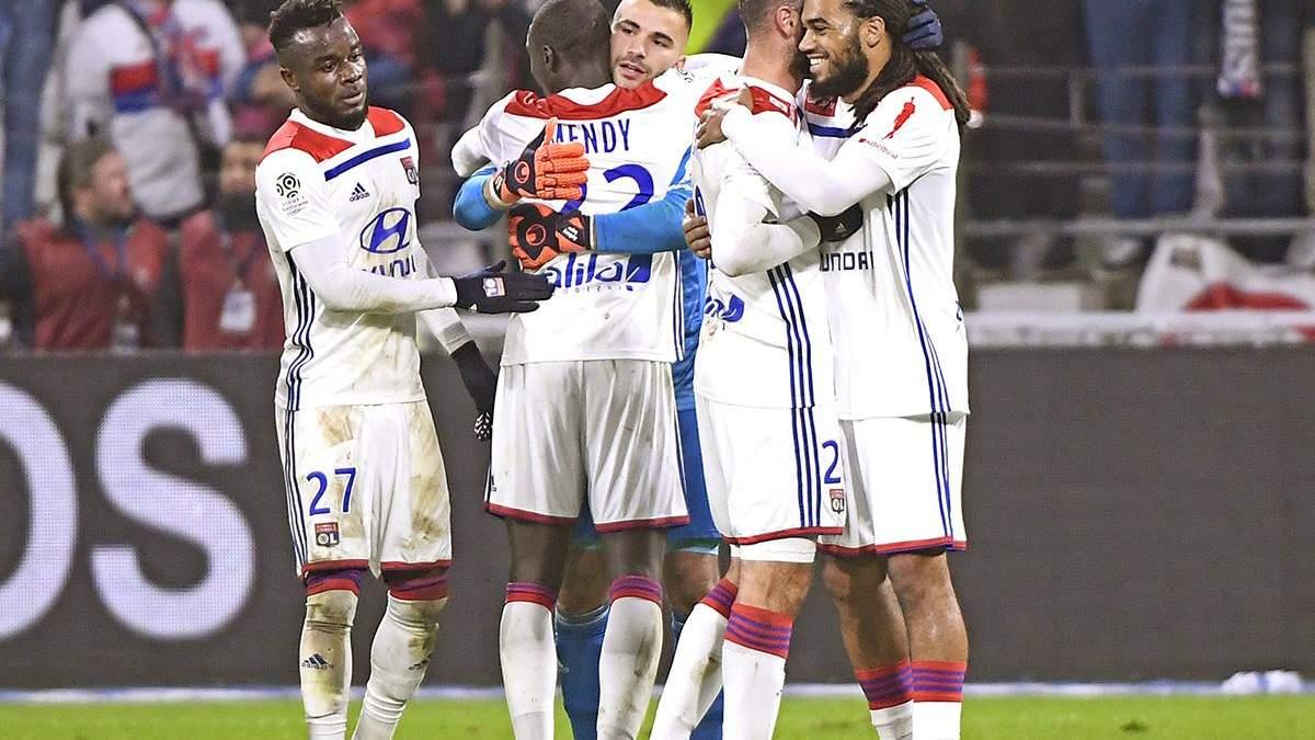 """Суперник """"Шахтаря"""" """"Ліон"""" не зіграє матч чемпіонату Франції через масові протести у країні"""