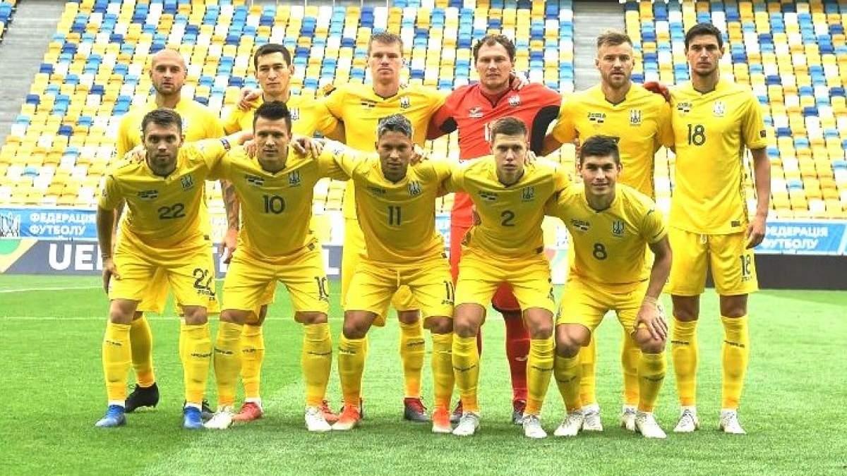 ФФУ випустила мега-крутий календар з футболістами збірної України: фото