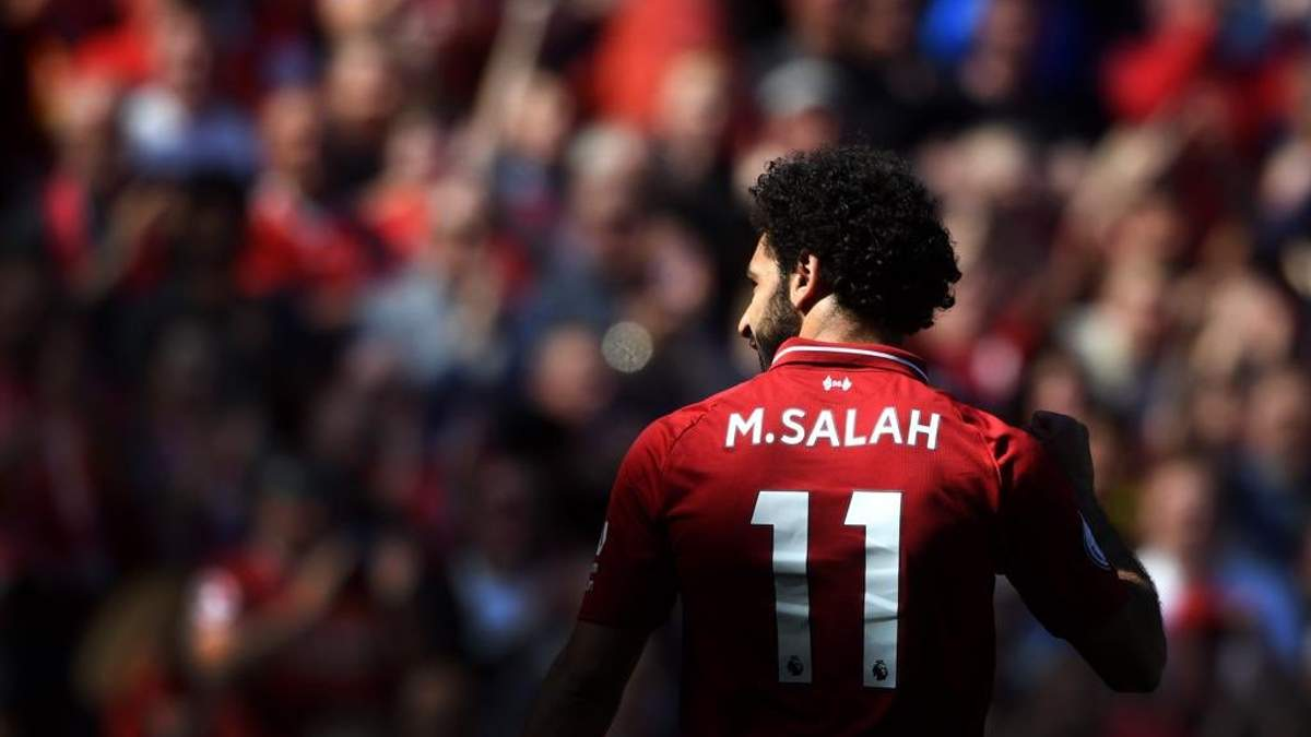 """Гравці """"Ліверпуля"""" Салах та Мане станцювали під час нагородження найкращому гравцю Африки: відео"""