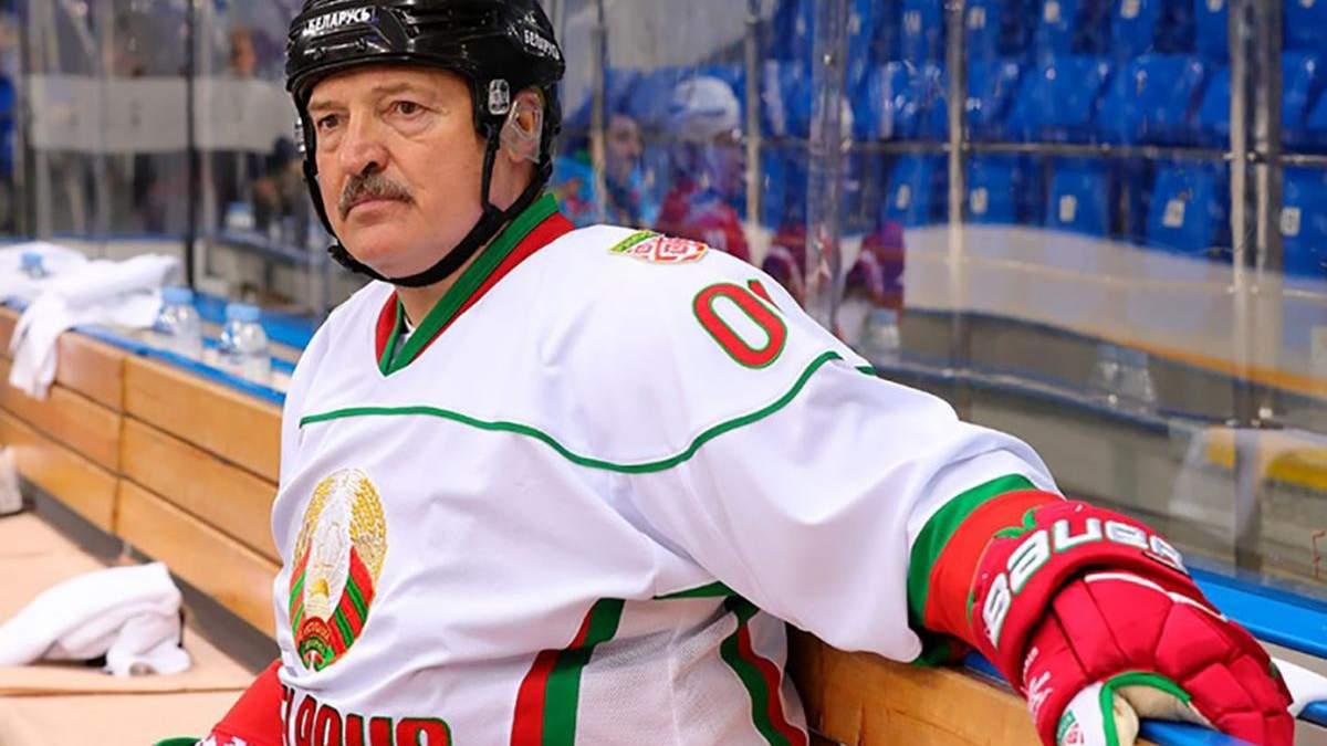 Сядете до в'язниці: Лукашенко влаштував розбір польотів у білоруському хокеї