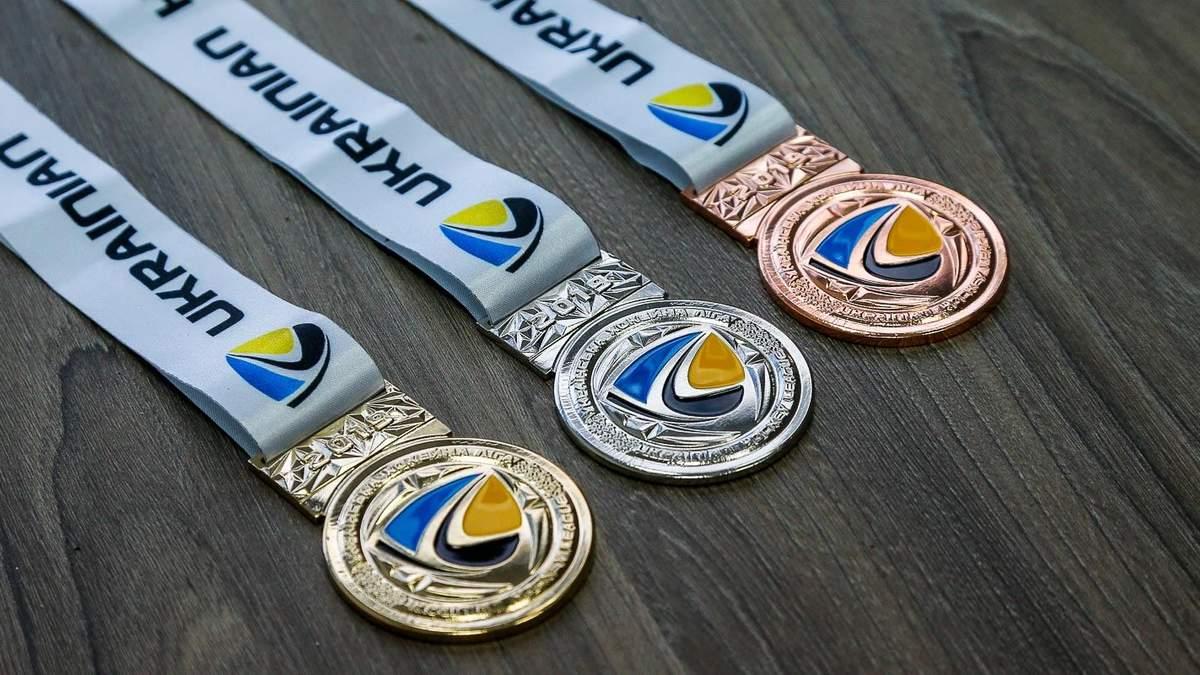 Представлены медали для призеров чемпионата УХЛ: фото