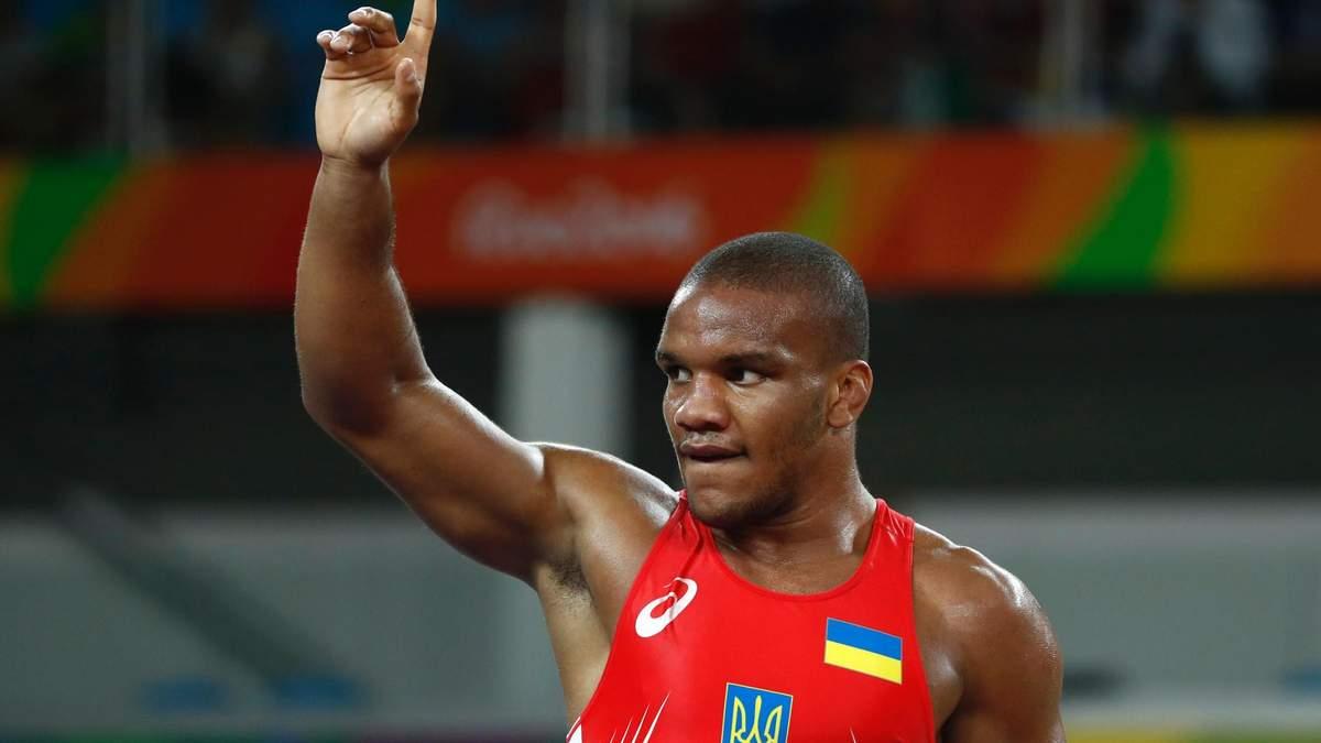 Зірковий український спортсмен натякнув, що хоче стати президентом України