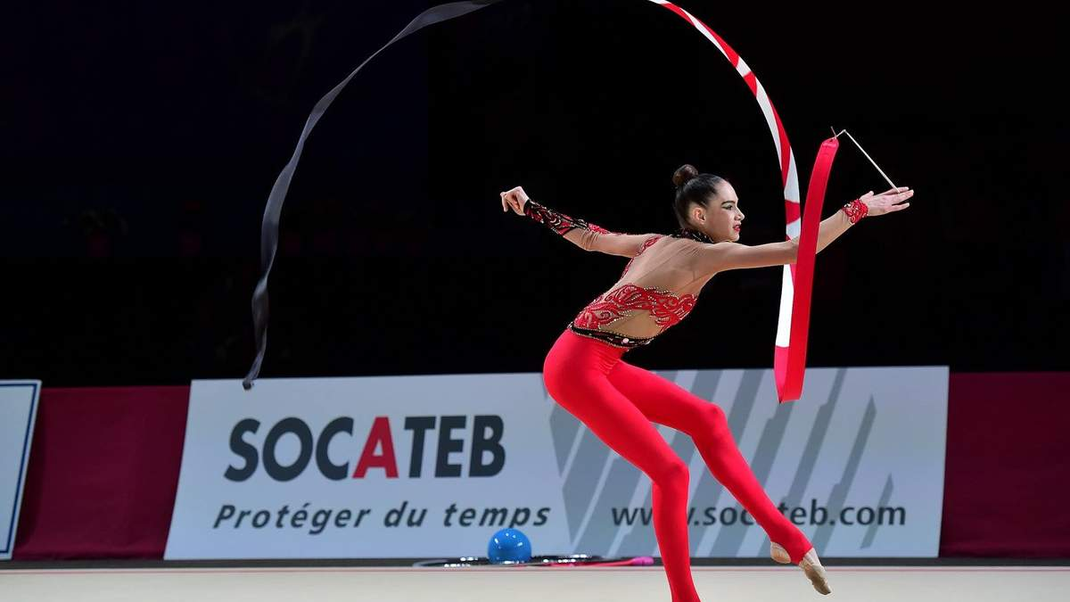 Збірна України завоювала 4 медалі на етапі Кубка світу з художньої гімнастики: відео