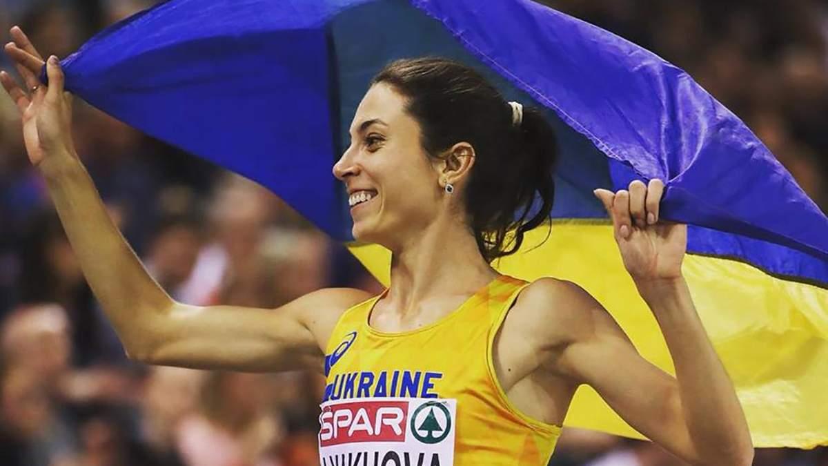 Українська бігунка Ляхова засвітила стрункі ноги і підкачаний прес: привабливе фото