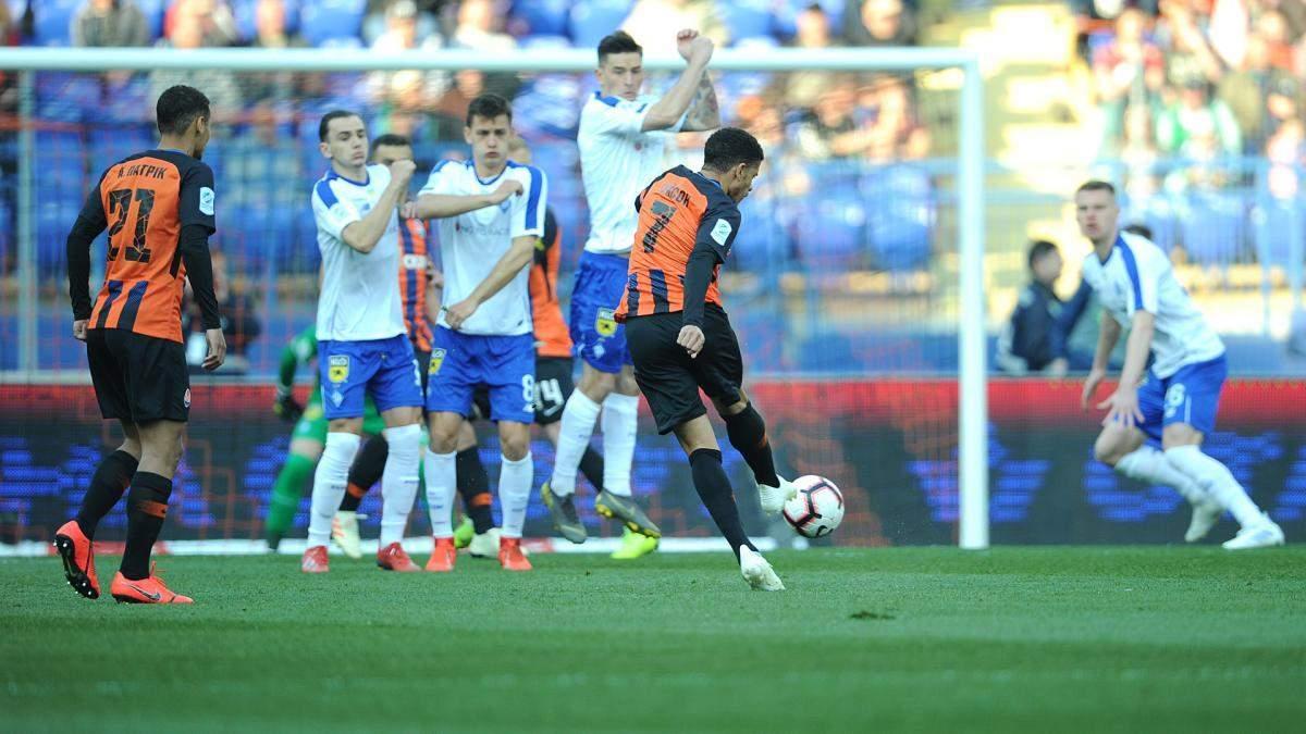 Чемпионат Украины по футболу официально решили расширить до 16 клубов