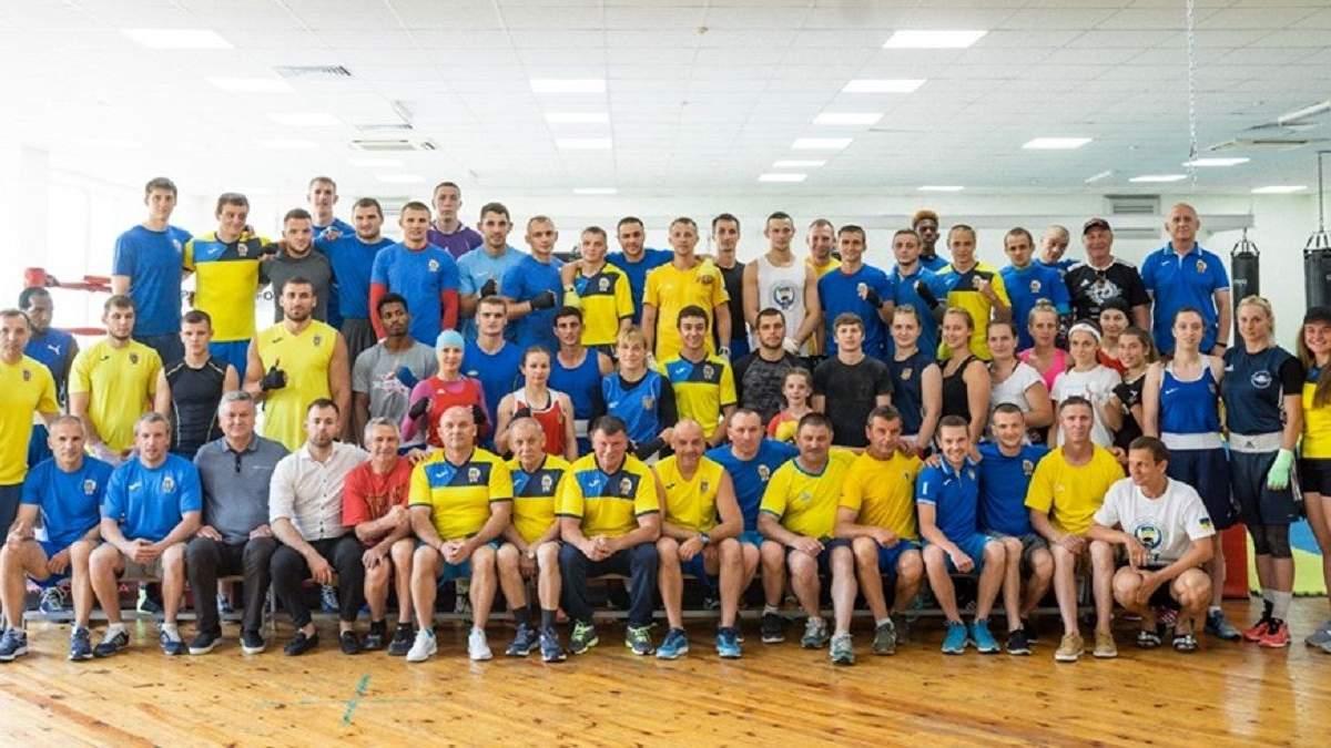 Україна офіційно відмовилася вести делегацію на чемпіонат світу з боксу в Росії