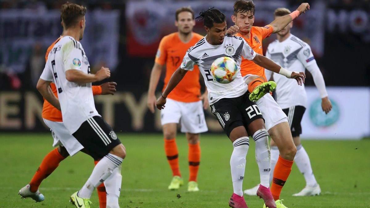 Нидерланды вырвали победу у Германии в драматичном матче с шестью голами: видео