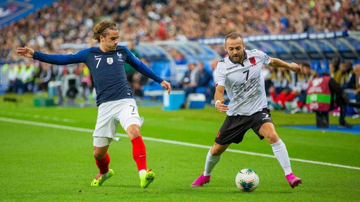 Матч Франция – Албания начался со скандала: гости отказались выходить на игру из-за гимна