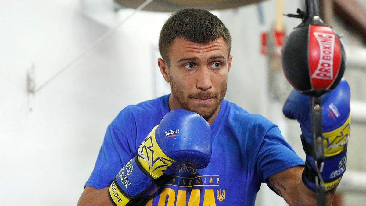 Ломаченко повинен або звільнити титул WBC, або битися з Хейні, – промоутер