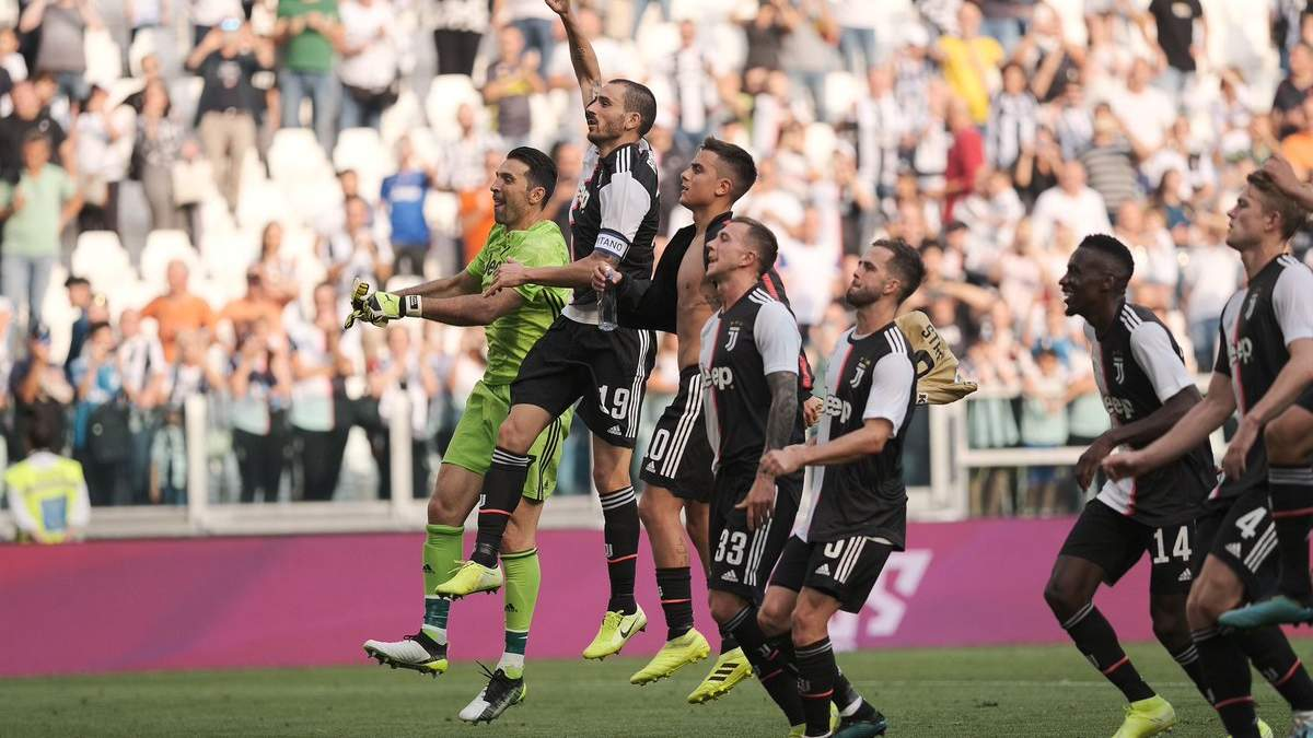 """Третя поспіль поразка """"Мілана"""", """"Інтер"""" залишився лідером: результати 6 туру Серії А"""