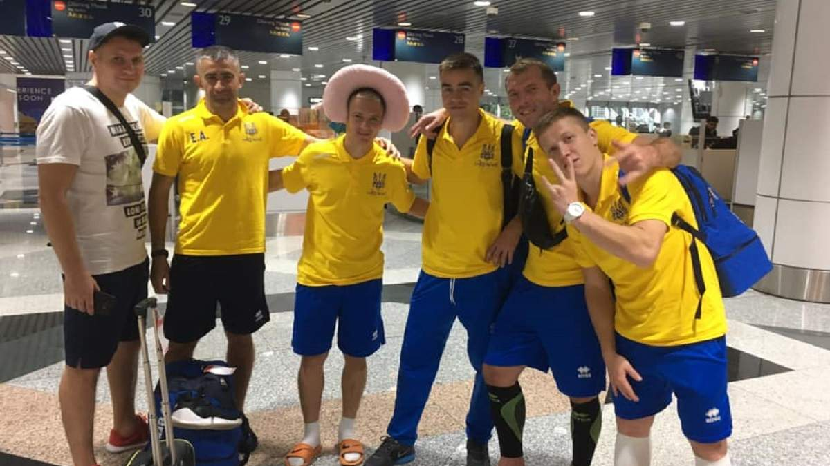 Только 8 из 22 игроков сборной Украины получили визы в Австралию на ЧМ по мини-футболу