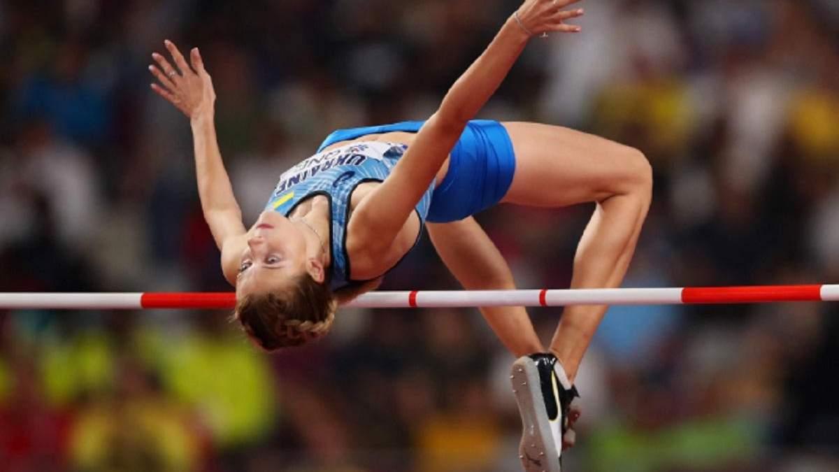 18-річна українка Магучіх зі світовим рекордом виборола срібло чемпіонату світу