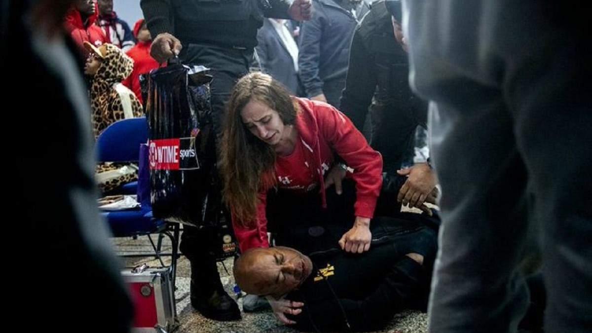 Екстренера Усика і Кличка жорстоко побили під час церемонії зважування: відео