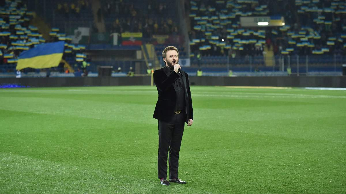 Дзидзьо исполнил гимн Украины