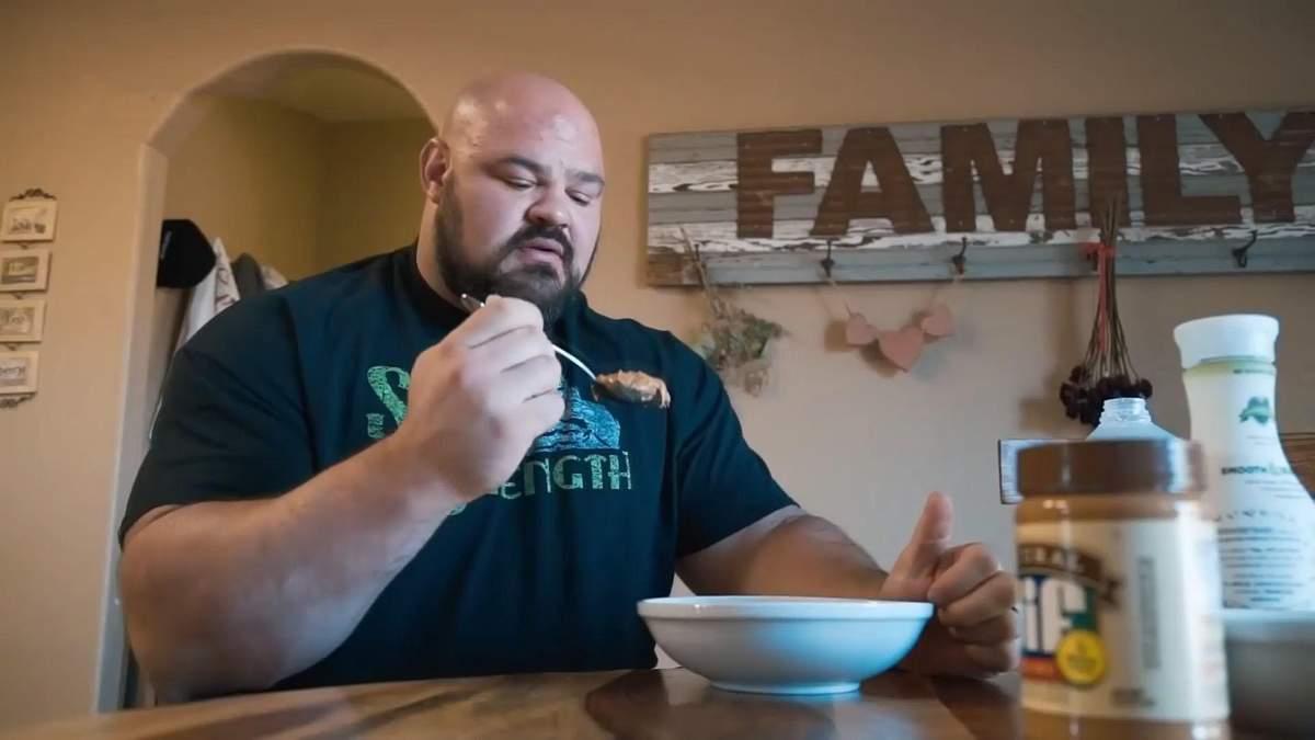 Мощное тело и огромная мощь: советы питания от сильных людей планеты – стронгменов