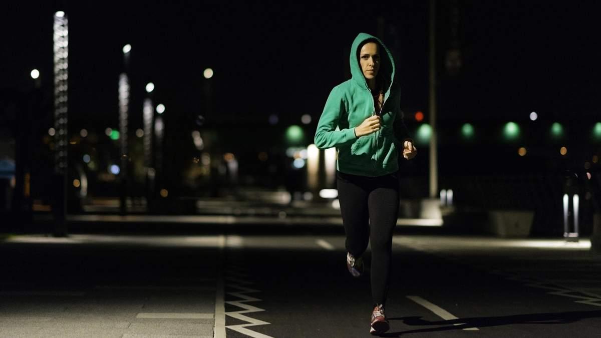 Вечірня пробіжка: чим корисний біг вечорами