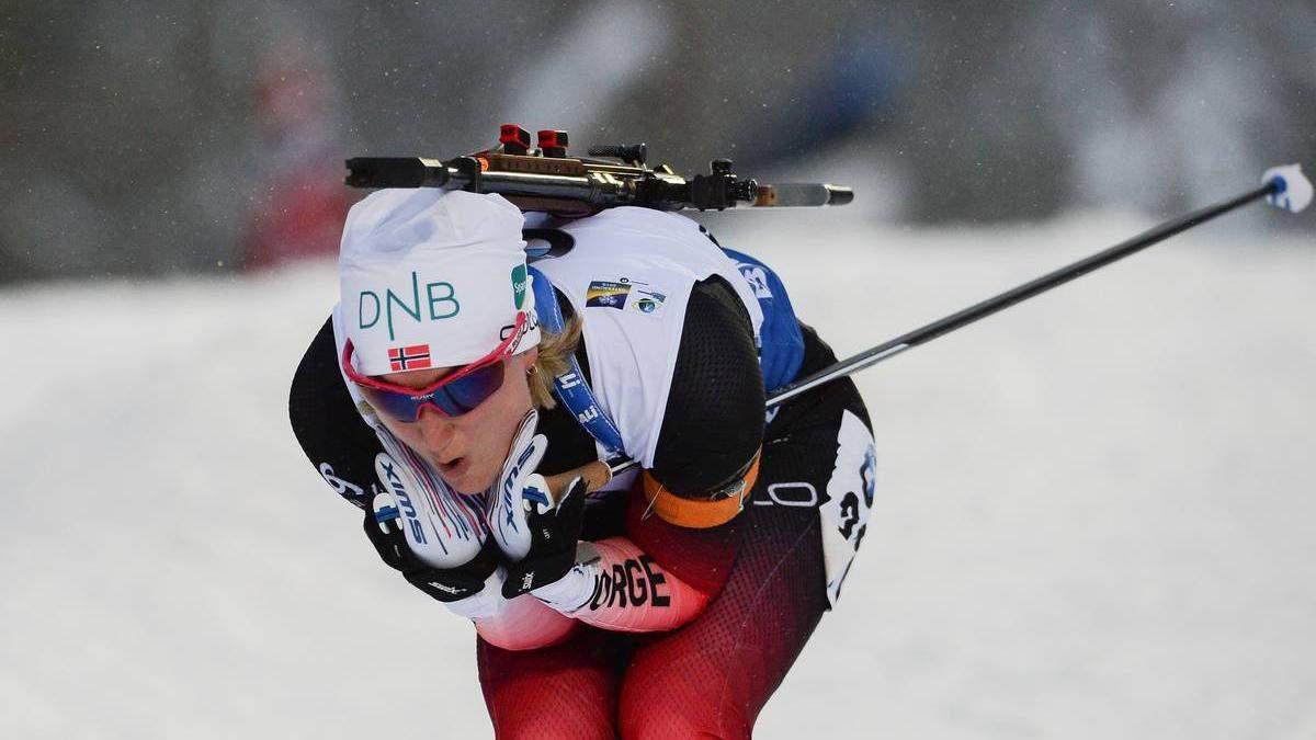 Норвегія у прекрасному стилі виграла жіночу естафету в Естерсунді, Україна тільки 9-а