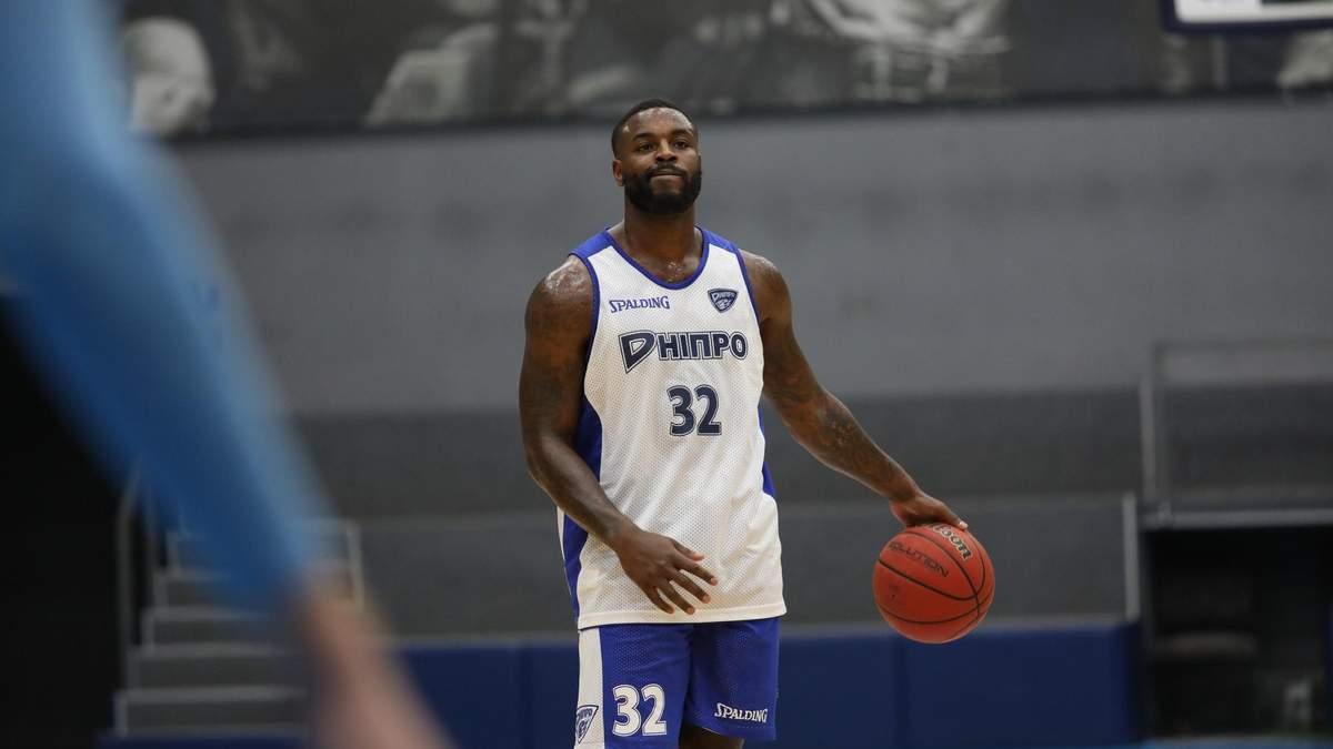 """""""Дніпро"""" підписав баскетболіста з досвідом виступів в НБА"""