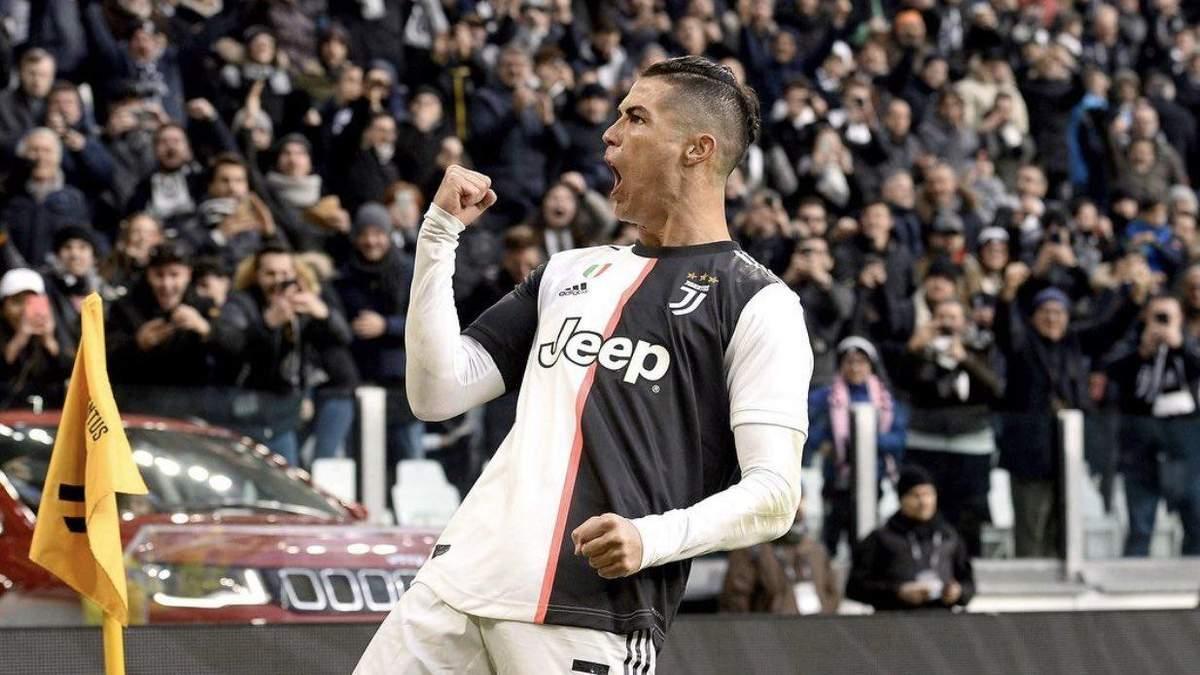 УЕФА изменило игровую схему, чтобы в команду года попал Криштиану Роналду