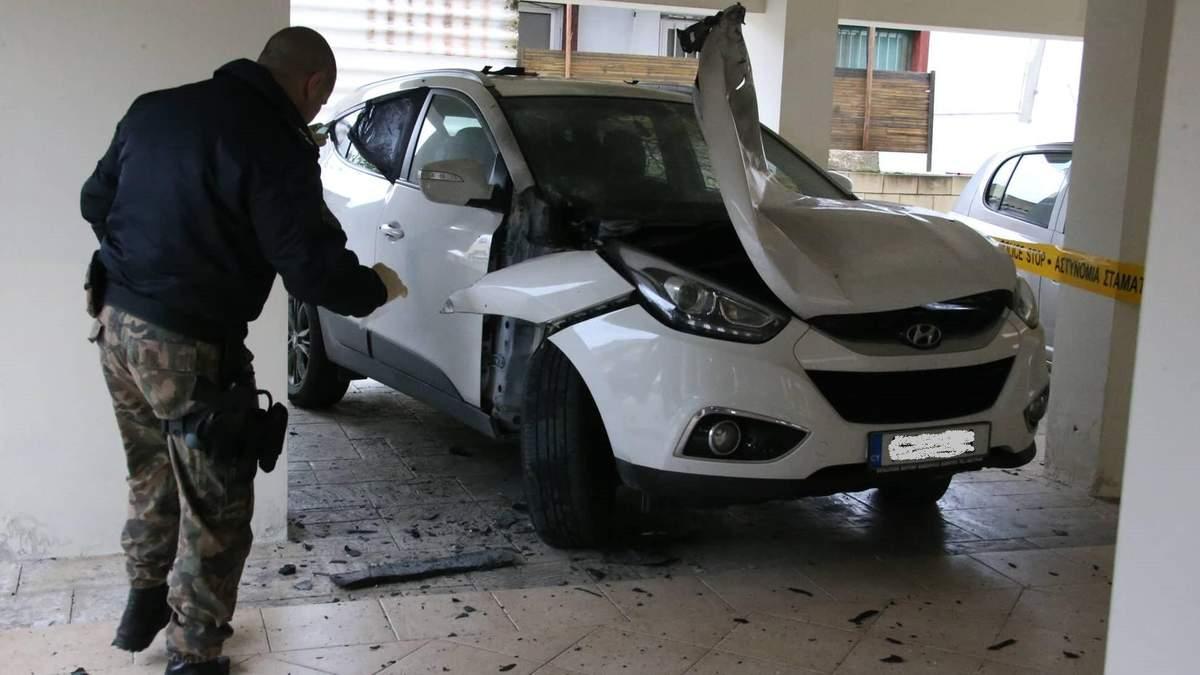 Чемпіонат Кіпру призупинили через замах на арбітра – його автомобіль підірвали (фото)
