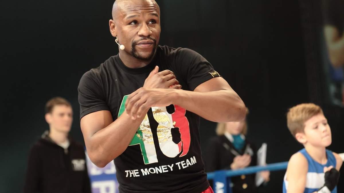 Кличко поступився Мейвезеру в боротьбі за звання найкращого боксера десятиліття