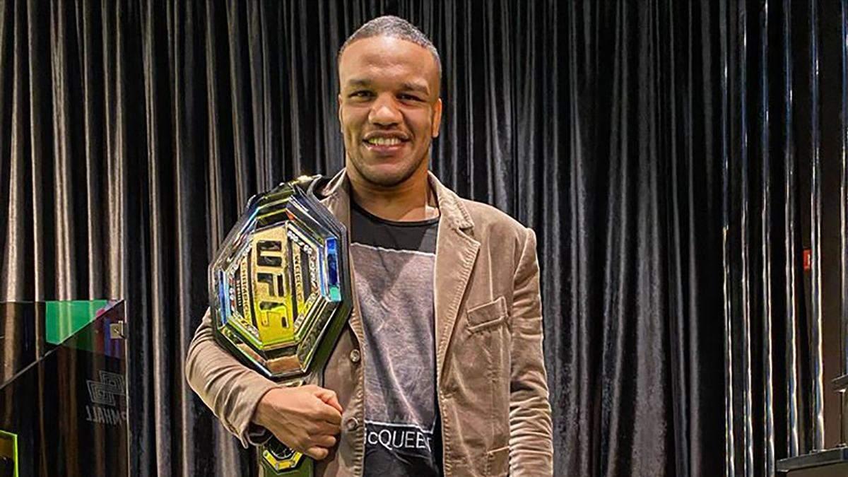 Еще не было депутатов, которые становились чемпионами мира в MMA: Беленюк о переходе в UFC