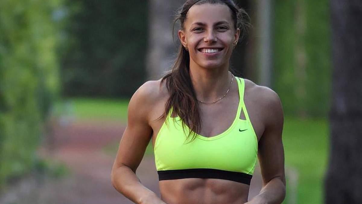Красавица Бех-Романчук очаровала подтянутой фигурой в ярком спортивном костюме