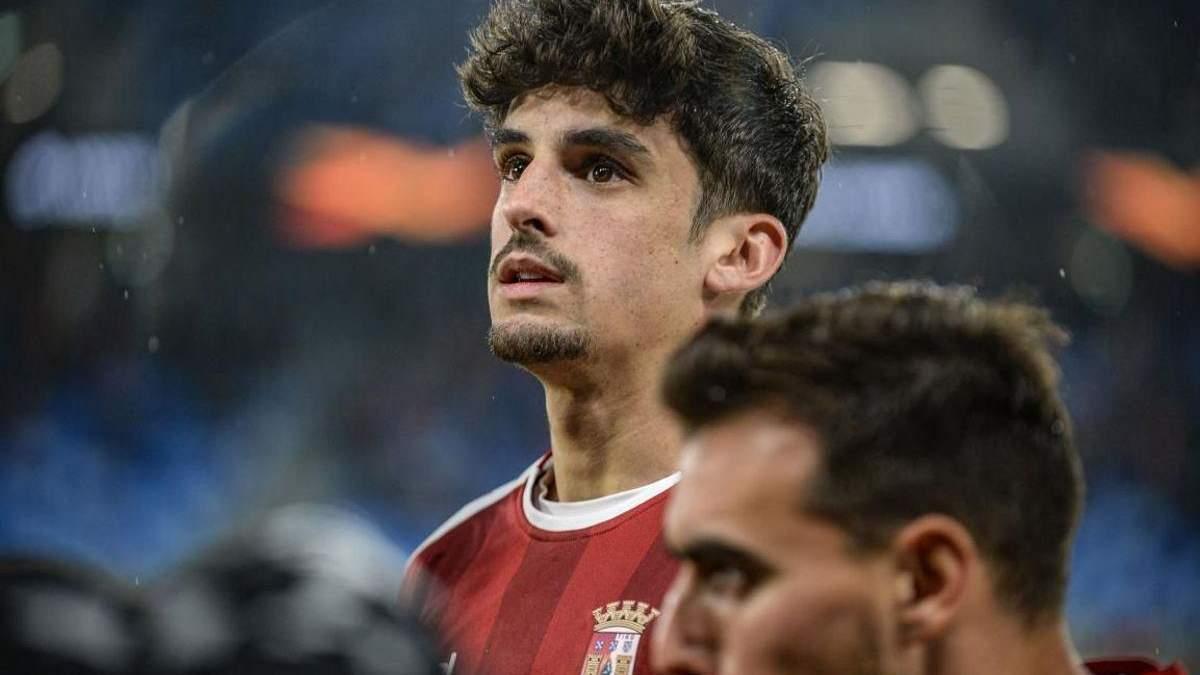 """""""Барселона"""" купила португальського нападника Трінкау та оцінила його в 500 мільйонів євро"""