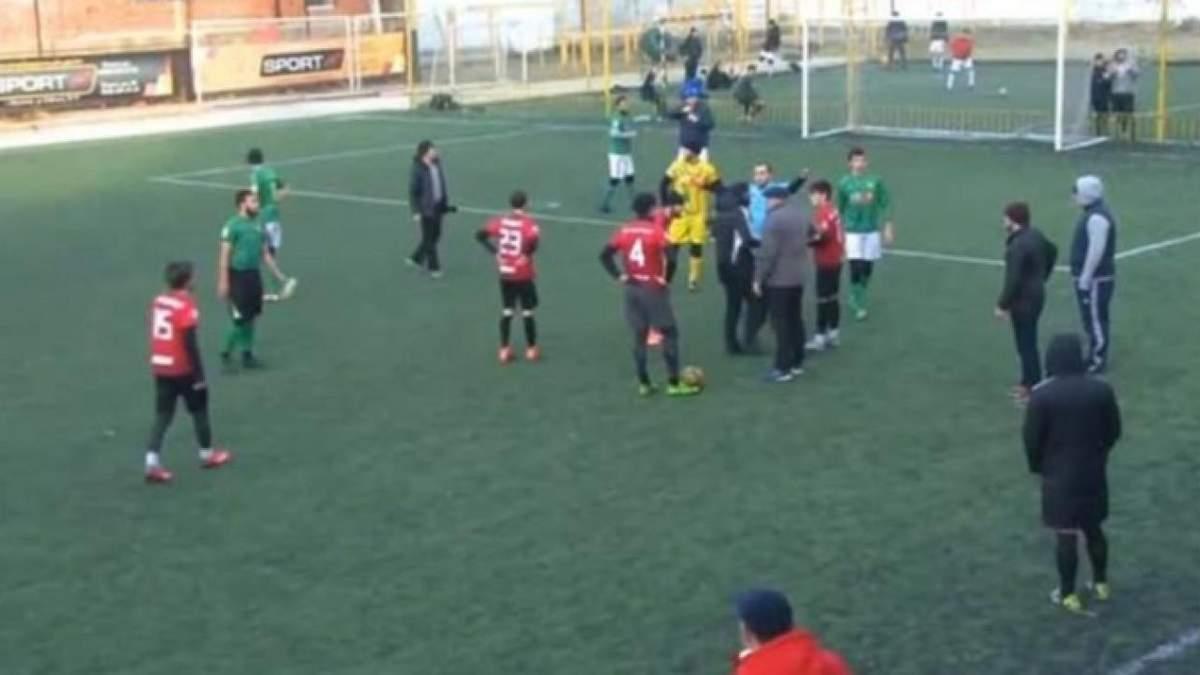 Масова бійка на матчі в Дагестані