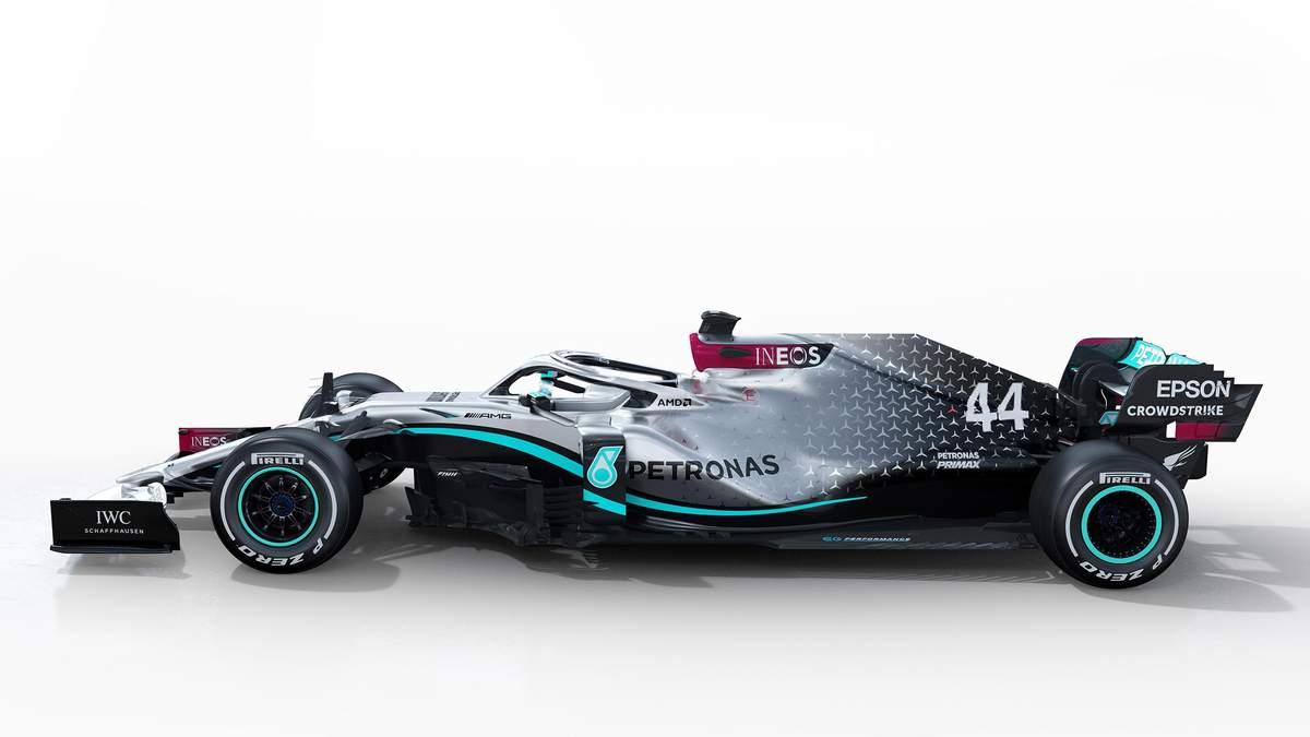 Новий болід Mercedes W11