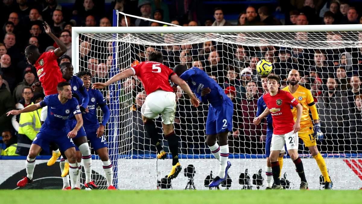 """""""Манчестер Юнайтед"""" втретє у сезоні переміг """"Челсі"""", VAR скасував два голи лондонців – відео"""