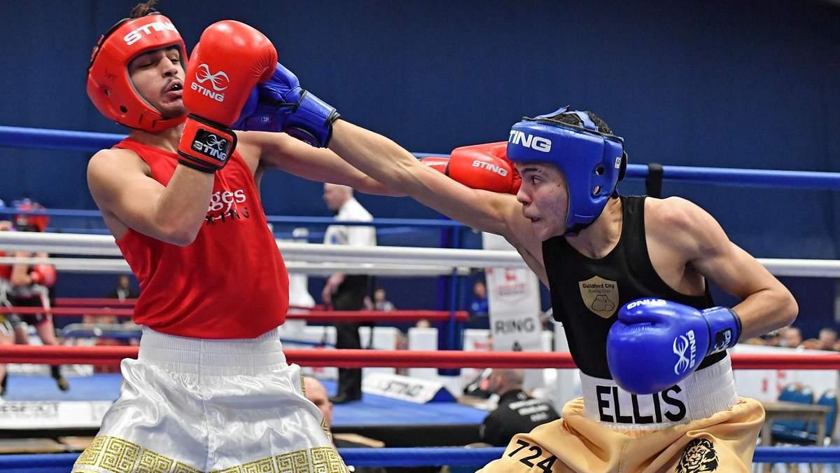 На юнацькому чемпіонат Англії з боксу сталася масова бійка