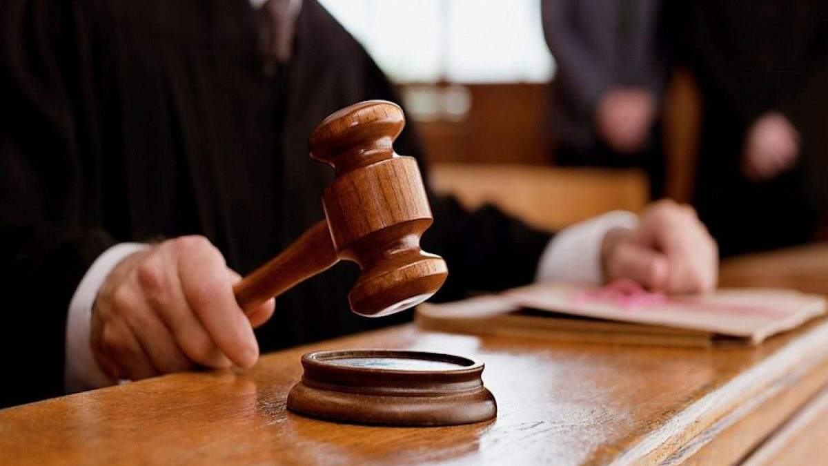 Головний лікар Міністерства молоді та спорту постане перед судом