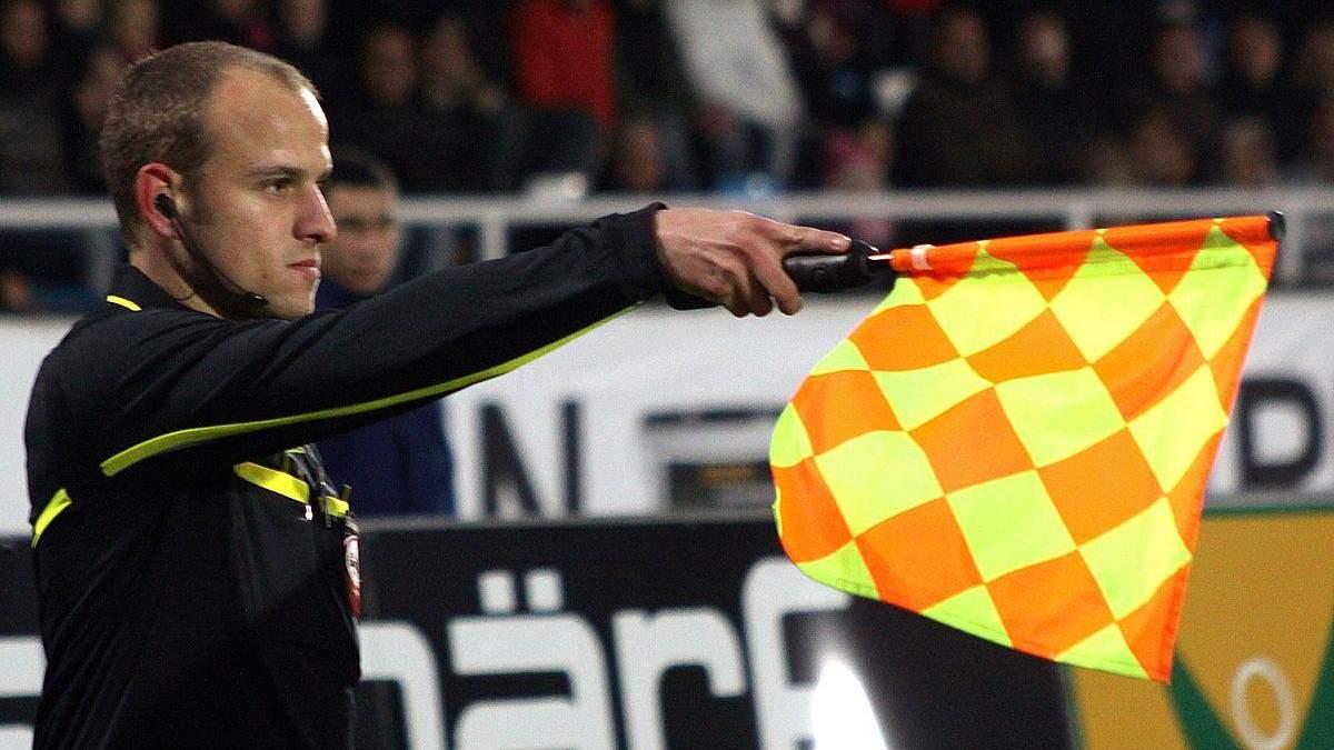Нові правила офсайду в єврокубкових матчах: нововведення УЄФА
