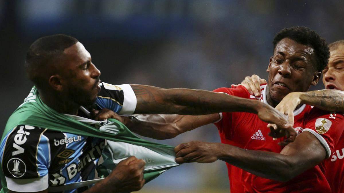 В Бразилии арбитр удалил 8 футболистов