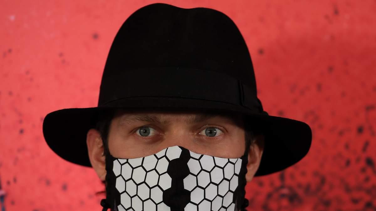 """Усик зізнався, що """"захворів новим вірусом"""" – відео"""