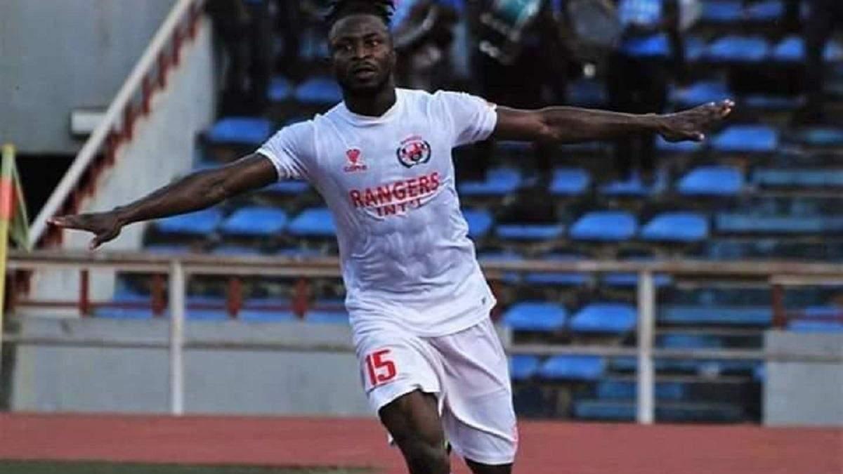 Футболіст збірної Нігерії загинув у страшній ДТП, коли їхав на карантин: фото