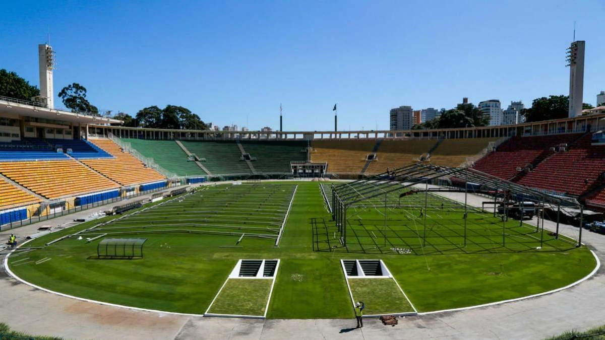У Бразилії стадіон перетворять на лікарню для боротьби з коронавірусом