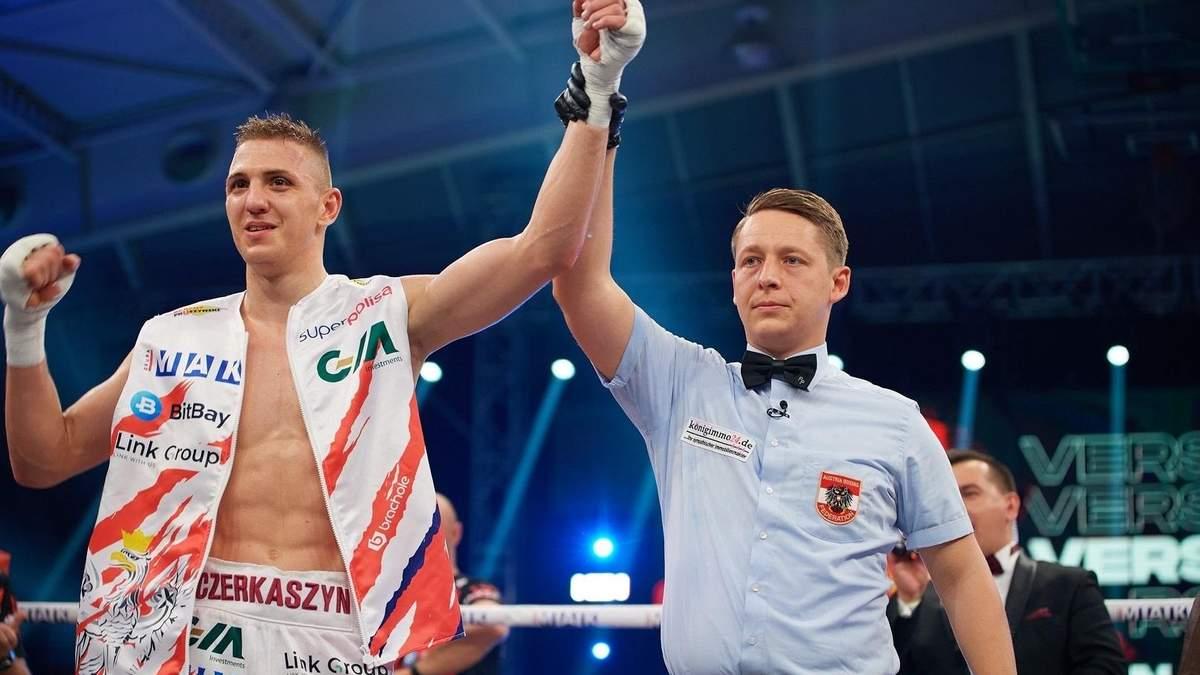 Український боксер змінив громадянство, але пообіцяв виходити на ринг з двома прапорами