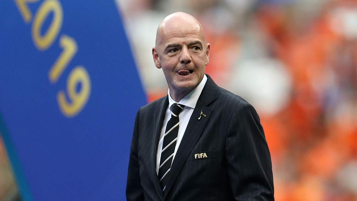 ФІФА зобов'яже клуби продовжити контракти з футболістами і тренерами через коронавірус